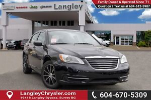 2013 Chrysler 200 LX <B>*AIR CONDITIONING*POWER GROUP*LOCAL*<b>
