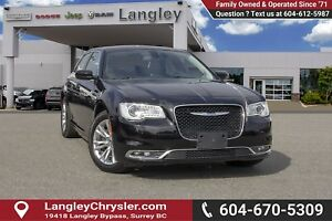 2017 Chrysler 300 Touring <B>*LOCAL*NO ACCIDENTS </B>