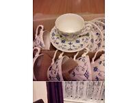 Myott finladian tea cups & saucers bone china