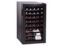 ROYAL SOVEREIGN 33 BOTTLE BLACK WINE COOLER! WOW LED LIGHTS!
