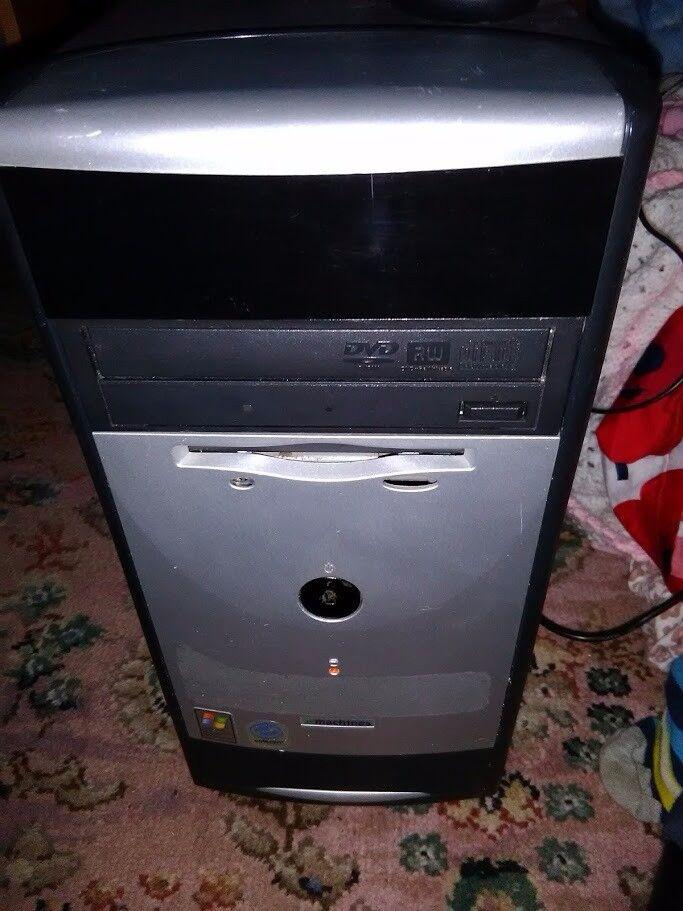 PC COMPUTER WINDOWS XP, 768MB, 80GB HDD, PENTIUM 1.60GHZ CPU, DVD WRITER