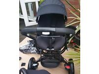 Quinny mood complete travel system and isofix base
