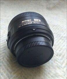 Nikon NIKKOR AF-S 35mm F/1.8 AF-S ED Lens for Nikon DX Cameras - Excellent Condition with Lens Case