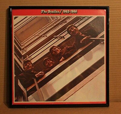 VINTAGE FRAMED BEATLES 1962-1966 LP RECORD ALBUM COVER BLACK METAL FRAME DISPLAY (Beatles Black Album Record)