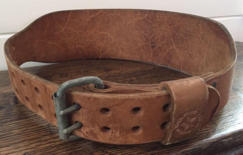 Altus Medium Leather Weightlifting Belt