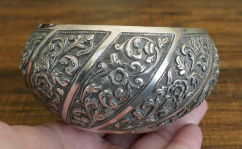 Vintage/Antique Southeast Asian 90% Silver Hand Chased Bowl - 110.9 Grams