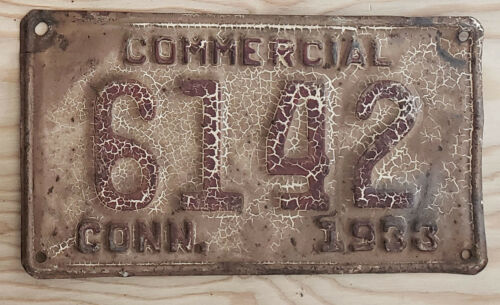 1933 CONNECTICUT Commercial  License Plate  33 CT COM   6142