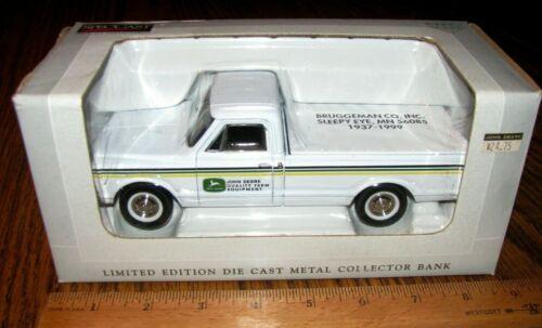 John Deere Dealer Bruggeman Company 1967 Chevy Pickup Truck Bank Spec Cast 87002