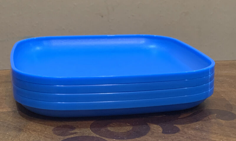TUPPERWARE LUNCH SQUARE PLATES SET-8 IN EACH-IN BLUE COLOR !!!!!