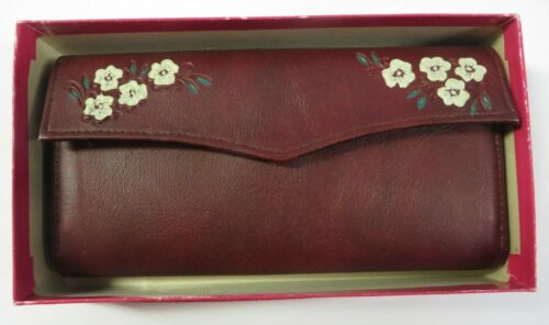 Vintage Ladies Leather Wallet Billfold Schiaparelli Aristocrat Fifth Avenue NEW