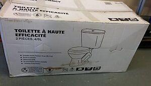 Toilette à haute efficacité 4\6L neuve