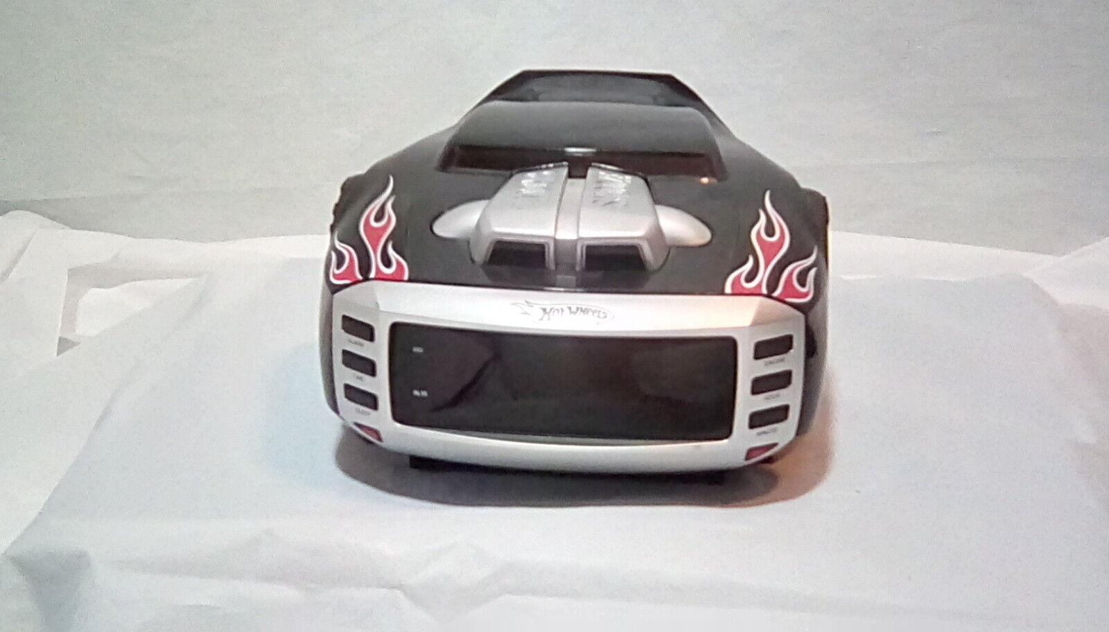 Emerson HW800- Hot Wheels Clock Radio- Black with Red Flames and Night Light