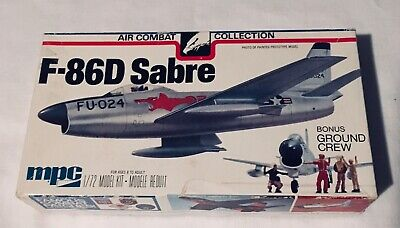 MPC F-86D SABRE MODEL KIT 2-2106 AIR COMBAT COLLECTION 1/72 SCALE