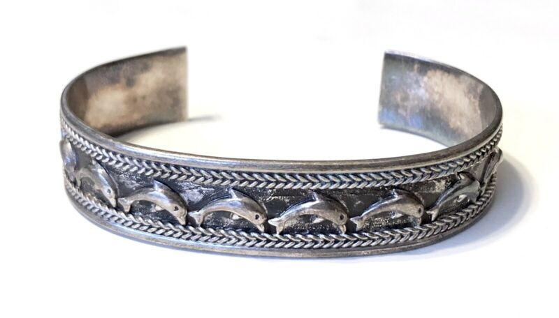 VTG 925 STERLING 3D RAISED RELIEF SWIMMING DOLHPINS CUFF BANGLE BRACELET