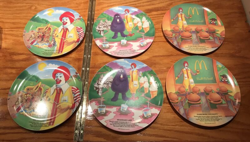 Set Of (6) Vinatge 1989 Ronald McDonlald Plates