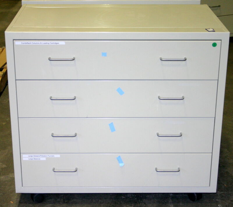 LF SYSTEMS LABORATORY CABINETS, CASEWORK, 60 FEET, INCLUDES WHEELS