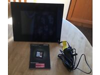"""8"""" Digital Photo Frame with power pack and connection cable"""