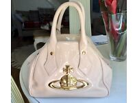 Beautiful Vivienne Westwood hanbag GENUINE