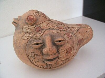 Old sculpture chile like precolombian art