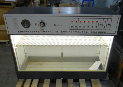 Lab-Line Instruments 846 Biotronette Mark III Environmental Chamber - Tested OK