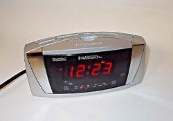 Emerson Research SmartSet Dual Alarm AM/FM Clock Radio CKS5055S-MINT