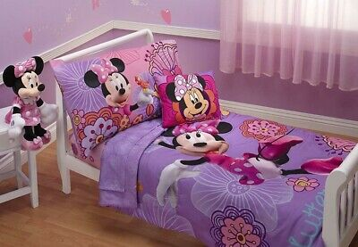Disney Minnie Mouse Toddler Bed Set 4 Piece Fluttery Comforter Sheets