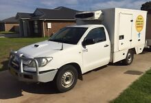 2009 Toyota Hilux 3.0 L turbo diesel refrigerated cool room ute Forbes Forbes Area Preview