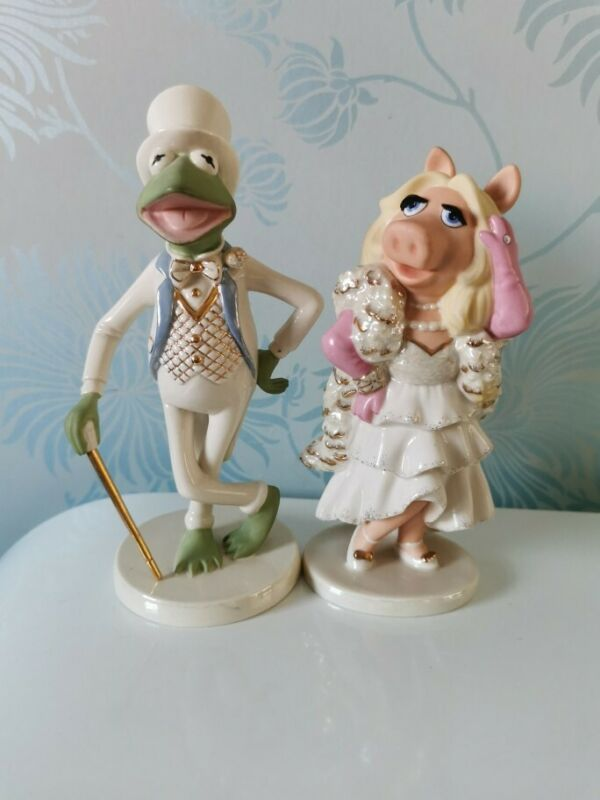 Muppets Lenox Figurine- Kermit the Frog and Miss Piggy Collectable Disney