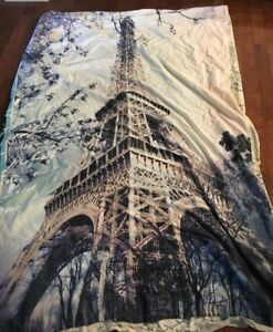 Paris Themed Duvet Cover Set - Twin $10