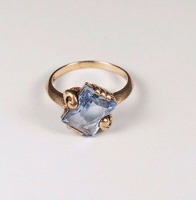 1940s Jewelry Styles and History 3 Gram 10K Yellow Gold 1940's Synthetic Blue Stone Ring , size 6 $175.00 AT vintagedancer.com