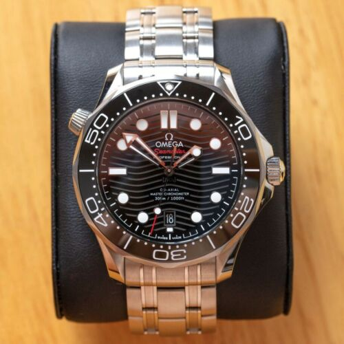 OMEGA Seamaster Diver 300m Co-axial Master  Watch – black 42mm - watch picture 1