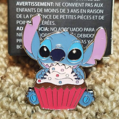 Loungefly Disney STITCH with Cupcake Food Blind Box Lunch Exclusive Pin & Box