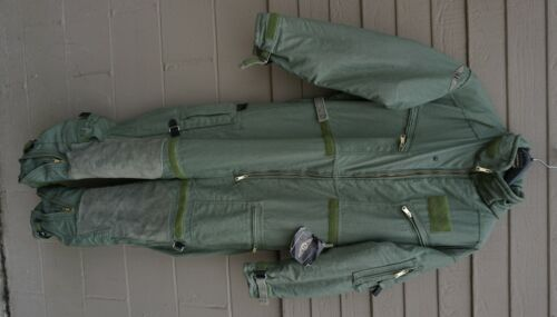 Mustang MAC100 Aviation Coverall Survival Suit Medium Regular Dated 11/08 (Lkr2)