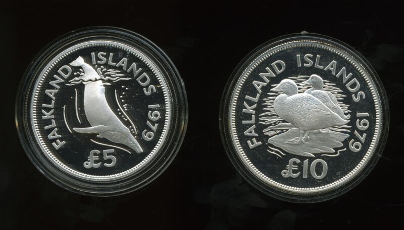 Falkland Islands 1979 World Wildlife Fund Proof Silver £5 & £10 (Lot of 2)