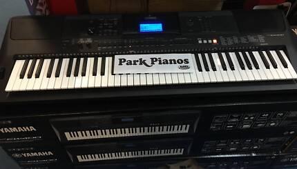 Yamaha PSREW400 76 note keyboard @ Park Pianos