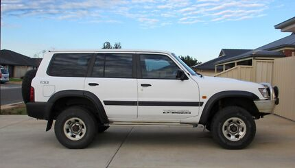 2000 NISSAN PATROL GU 11 ST - 5 SP MANUAL 4X4 - 4.2 TURBO DIESEL Virginia Playford Area Preview
