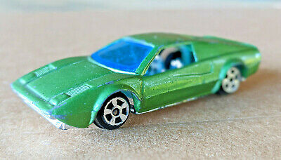 Summer Ferrari 308 GTB Diecast Model in Green, Number S671