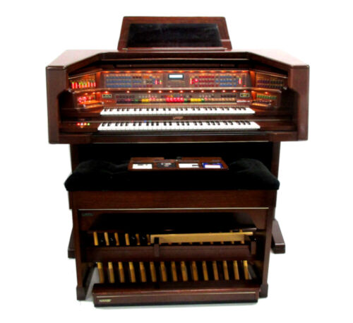 Lowrey Celebration Deluxe (LX600) Organ **LOCAL PICK UP ONLY