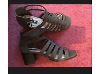 Forever21 Green sandals