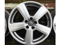 "GENUINE AUDI A4 B7 S LINE ALLOY WHEEL 18"" 5 SPOKES."
