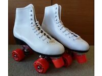 Quad Roller Skates, very good condition, white, SIZE 6