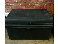 Vintage tin Railway trunk storage man cave coffee table rustic