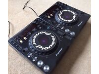 2 X Pioneer CDJ 1000 MK2 With Power Cables