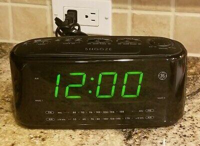 GE Large LED Display AM FM Radio Dual-Wake Digital Alarm Clock Model # 7-4852B