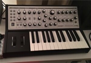 Moog Sub Phatty Synthesizer (excellent condition)