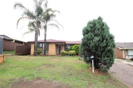 Unit for Rent 12 Juliet Close Rosemeadow NSW 2560