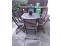 GARDEN TABLE & 8 CHAIRS