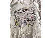 C river island doodle t shirt 10