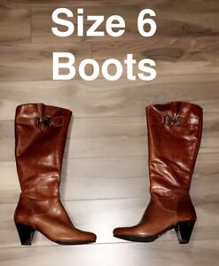 Size 6 Boots! made in Romania!!