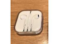 Apple iPhone earphones headphones - New